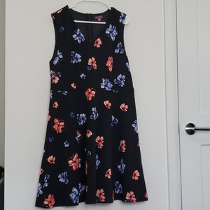 Vince Camuto - Floral Scuba Dress (Altered Bust)